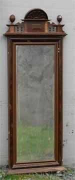 Forskjellige speil i samlingen til